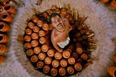 """""""Alfareros y su horno"""". Tamil Nadu."""